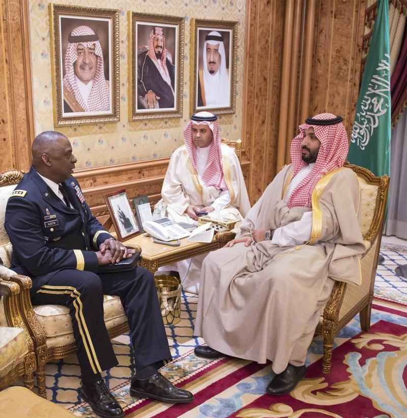 U.S. Central Command chief General Lloyd Austin met with Saudi Defense Minister Prince Mohammed bin Salman in February 2015. (SPA)